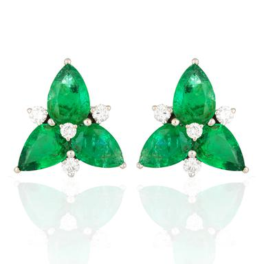 A pair of emerald cluster ear clips