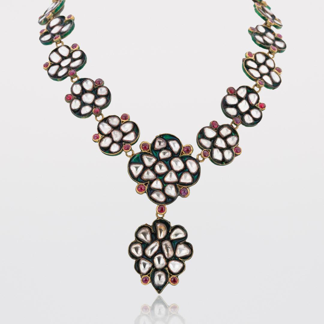Necklace with uncut Diamonds